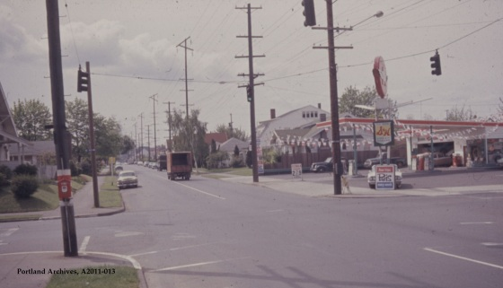 City of Portland Archives, Oregon, NE Fremont St and NE 15th Ave (ZC 4309), A2011-013, 1963