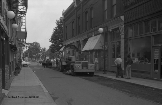 City of Portland Archives, Oregon, SW 2nd St. and SW Ankeny paving - Oregon Oyster, A2012-005, 1975.